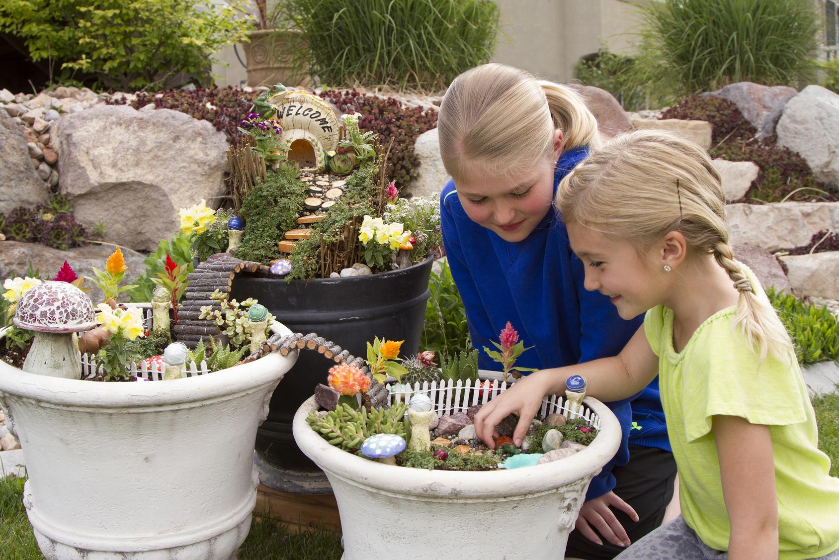Rustoleum ReColor by Wipe New DIY Fairy Garden